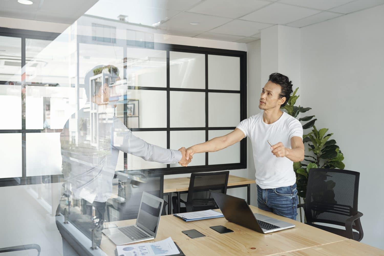 Comment vendre des missions de conseil ? 6 étapes cruciales pour bien vendre des projets
